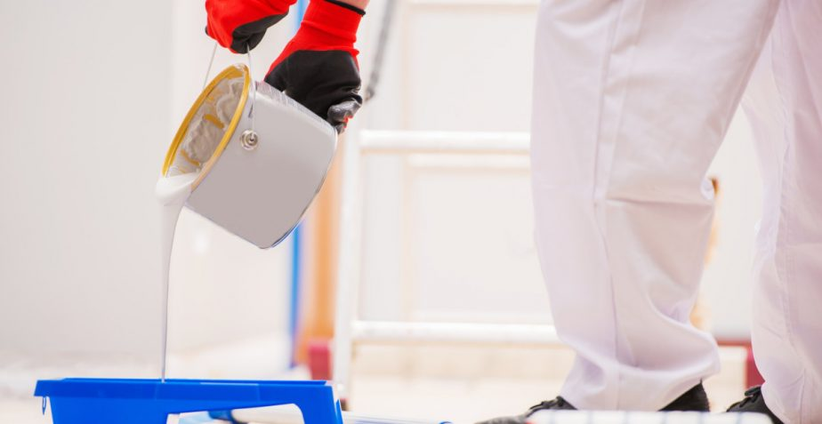 How prepare your home before the painter and decorator arrives?