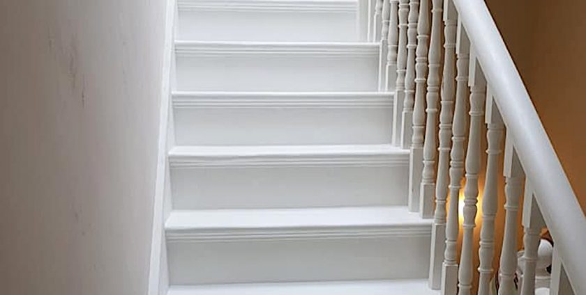 , Refurbishing and painting a wooden staircase