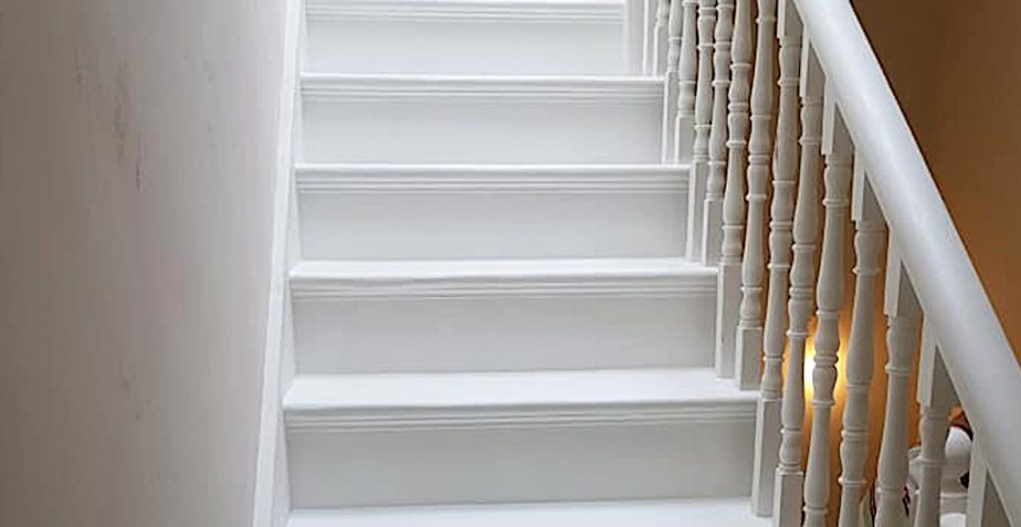 Refurbishing and painting a wooden staircase